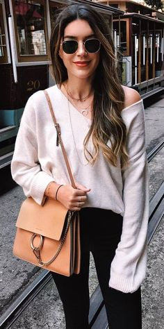 simple outfit_one shoulder sweater + bag + skinnies