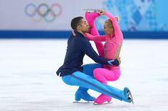German pair Aljona Savchenko and Robin Szolkowy are eying golden swansong in Sochi Usa Sports, Sports Women, Pairs Figure Skating, Famous African Americans, Winter Olympics 2014, Ice Skating, Roller Skating, Pink Panthers, Sport