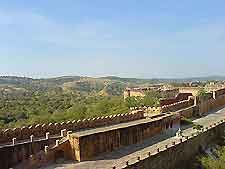 Picture of the historic walls at the Amber Fort
