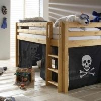 Pirate bed. This would be easy to make.