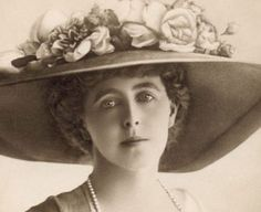 Princess Marie of Edinburgh, later Queen of Romania. Marie was a granddaughter of Queen Victoria through Prince Alfred, Duke of Edinburgh. This photo was taken while she was Crown Princess of Romania, Princess Victoria, Queen Victoria, Michael I Of Romania, Romanian Royal Family, Princess Alexandra, Kaiser, Ferdinand, Women In History, Belle Epoque