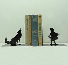 Des cale-livres ou serre-livres créatifs: