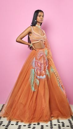 Indian Bridal Wear, Indian Wear, Indian Attire, Indian Outfits, Sabyasachi Bride, Normal Wear And Tear, Kpop Outfits, Wedding Wear, Pakistani Dresses