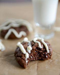 Double Chocolate Cheesecake Cookies I howsweeteats.com