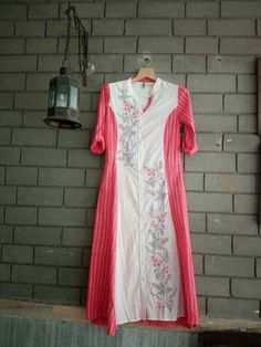 Red Kurti, Simple Kurti Designs, Simple Wardrobe, Mix Match, Indian Dresses, Black Cotton, Tunics, Sewing Patterns, Girl Fashion