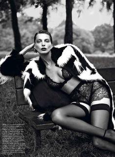 Daria Werbowy   Mert & Marcus   Vogue Paris September 2012. This lace is exquisite.