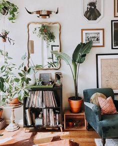 Déco: voici comment pimper son salon avec des plantes XXL selon Pinterest - Grazia Rugs In Living Room, Living Room Furniture, Living Room Decor, Bedroom Decor, Room Rugs, Bedroom Apartment, Entryway Decor, Apartment Therapy, Decor Interior Design