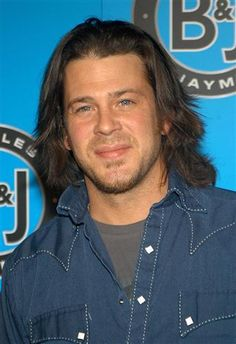 Christian Kane 2012 | Leverage - Season 1 Episode 3: The Two-Horse Job (2008) - BuddyTV