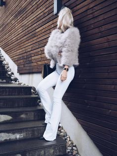 All White Outfit, White Outfits, Fashion Books, Women's Fashion, Autumn Cozy, Winter Trends, Fresco, White Jeans, Sisters