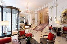 La semaine débute en beauté dans les étages de l'hôtel ! Les équipes vous souhaitent une très belle journée depuis Paris.