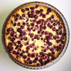 kirsikkapiirakka - Isyyspakkaus | Lily.fi Pie Recipes, Baking Recipes, Quiche, Bakery, Cherry, Goodies, Sweets, Eat, Breakfast