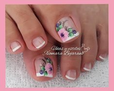 Pretty Toe Nails, Pretty Toes, Cute Nails, Daisy Nails, Flower Nails, Pedicure Nails, Manicure, Merry Christmas Gif, Autumn Nails