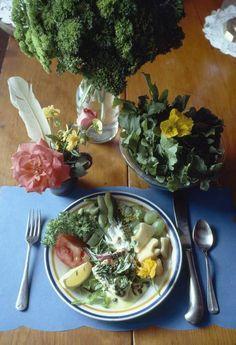 Anche l'#insalata ha una #storia che dura da secoli!  Dai #greci ai #romani fino ai giorni nostri! Scopriamo come si è evoluta!