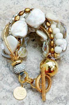 Holiday Inspired Rhinestone, Champagne Pearl, Bronze & Gold Bracelet #GoldBracelets