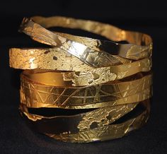 Lingua Nigra Hand Etched Gold Plated Brass and Copper Bangles Lingua Nigra ( might try etch silver and kum-boo over) Jewelry Art, Gold Jewelry, Jewelry Accessories, Fashion Jewelry, Fine Jewelry, Natural Jewelry, Stylish Jewelry, Diy Fashion, The Bangles