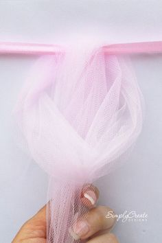 no-sew-tulle-table-skirt-diy-- Finally! Can easily adapt to make it a crib bedding skirt instead of a table skirt. 1st Birthday Parties, Girl Birthday, Birthday Ideas, Ballerina Birthday, Birthday Table, Shower Party, Bridal Shower, Shower Favors, Ideas Para Fiestas