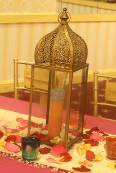 Decor at a Indian Bollywood Party #Bollywood #partydecor