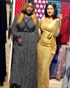 ( 03 Photos ) La robe de princesse de Binta Bolly, à couper le souffle – Dakarbuzz African Wear, African Dress, African Fashion, Dinner Gowns, Nice Dresses, Summer Dresses, African Beauty, Ankara Styles, Skater Dress