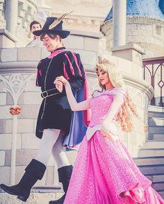 Princess Aurora and Her Prince Disney Couples, Disney Parks, Walt Disney World, Disney Pixar, Disney Dream, Cute Disney, Disney Magic, Disney Fairies, Disney World Pictures