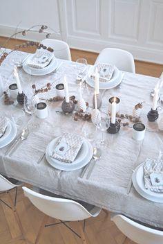 ber ideen zu gedeckter tisch auf pinterest decken sander tischw sche und. Black Bedroom Furniture Sets. Home Design Ideas