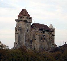 * Castelo de Liechtenstein *