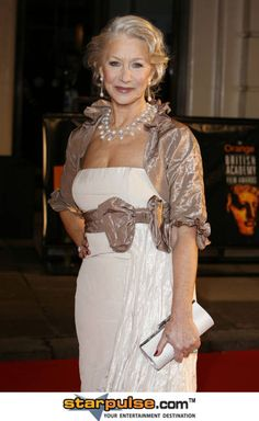 Photo of helen for fans of Helen Mirren 23431297 Celebrity Red Carpet, Celebrity Style, Glamour, Dame Helen, Helen Mirren, Older Women Hairstyles, Ageless Beauty, Comfortable Outfits, Amazing Women