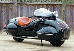 A little pre-MCM but a bit of eye candy with this 1930 KJ Henderson Custom motorcycle. Photo: knucklebusterinc.com #mcmdaily #kjhenderson #artdeco #usa mcmdaily.com