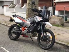 Just had my KTM 990 Adventure R stolen from Kelross road, Highbury, N5.   Sharing on off chance it turns up somewhere.   Registration: NG13 YSW     Mods include Akrapovic twin exhaust, raised front fender, Touratech belly pan, iron man rear 45 tooth sprocket.   Rare bike & had put a lot of love into it, had planned to ride to Morocco this Friday too. Upset / angry in equal measure.   Any info pm me .  Posted 02/10/2017