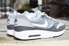Nike Air Max 1 JCRD Wolf Grey Detailed Pictures