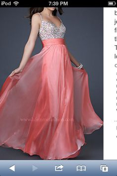 Awesome prom dress!:)