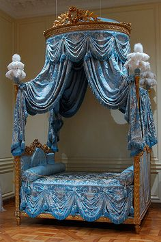 Best Princess Bedroom Furniture Sets - Page 25 of 31 Victorian Furniture, Vintage Furniture, Furniture Design, Furniture Ideas, Victorian Bedroom, Find Furniture, Cheap Furniture, Modern Furniture, Home Bedroom