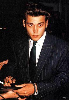 johnny depp | Hollywood | Young johnny depp, Johnny Depp ...