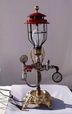 Vtg Industrial Machine Age Steampunk Man Cave Table Top Desk Lamp L106