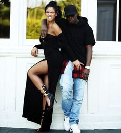 Cassie's Photo Shoot Anthony Vaccarello and Versace Versus Triple Strap Clasp Black Sandals Sean Combs, P Diddy And Cassie, Sean Diddy, Celebrity Couples, Celebrity Style, Instagram Direct, Famous Black People, Puff Daddy, Beyonce And Jay Z