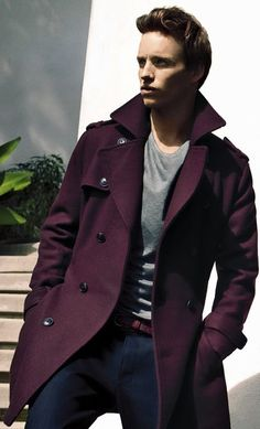 4 Bold Pea Coat Colors For Men To Try | Men's Fashion Blog Eddie Redmayne, Sharp Dressed Man, Well Dressed Men, Fashion Moda, Mens Fashion, Fashion Fall, Style Fashion, Mode Style, Men Looks