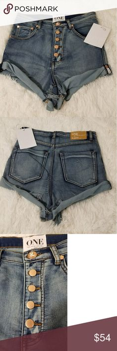 ONE BY ONE TEASPOON VINTAGE BANDIT SHORT SHORTS ONE BY ONE TEASPOON VINTAGE BANDIT SHORT SHORTS  - RETAIL: $140  - SIZE: 24  - COLOR: BLUE  - STYLE: MINI SHORT SHORTS  - MATERIAL: COTTON  - CONDITION BRAND NEW WITH TAGS one by one teaspoon Shorts Jean Shorts