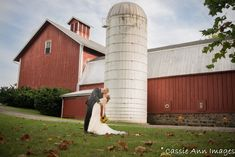 Rustic and simple bride and groom wedding image.   Barn wedding. upstate new York wedding. Fingerlakes wedding.  #rusticwedding