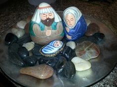 Painted rock nativity sets aren't just for Christmas.  #PaintedRocks #NativitySets
