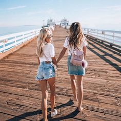 California gurls we're unforgettable ✌✨ ::::: You rarely see me post photos from LA and I'm not even originally from here but there is something about #California that makes all free spirits and creatives feel like home - maybe that's why @lisahomsy likes it so much?! TAG YOUR BESTIE! :::::: #californigurls #caligirls #malibupier #californiaholics #californiadreamin #malibu #mylastory #losangelesstyle #lastyle #malibubeach #californiagirls #bestiesforlife #besties❤️ #bestiegoals