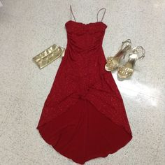 60% OFF LIKE NEW Gorgeous Sparkling Red Dress *GWP Size Small. Very beautiful and eye catching! Sparkles and enhances your curves! Just worn once and dry cleaned - JUST LIKE NEW! Size Small NEGOTIABLE: MAKE ME AN OFFER! 10%+ OFF BUNDLES! ⚡️FLASH SALES! FREE GIFTS WITH EVERY PURCHASE! City Triangles Dresses Prom