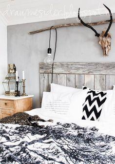 Draumesidene: My bedroom winter 2014 Rustic Bedroom Decor, Bedroom Inspirations, Home Bedroom, Bedroom Interior, Bedroom Decor, New Room, Home Decor, Apartment Decor, Home Deco