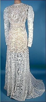 Victorian  style wedding dress in Batternburg lace***