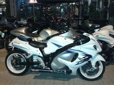 Brocks tiwinder gen 2 busa