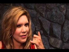 Alison Krauss : A Hundred Miles or More ~ track by track commentary on the album. Some really great quotes and insight into Alison as a musician. (Not really 2 hours long like it says)