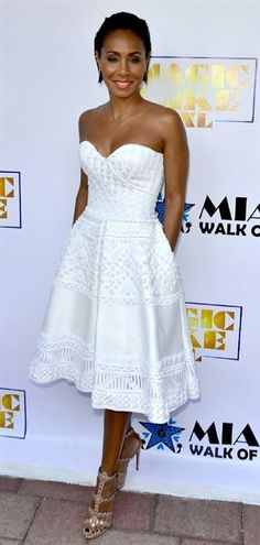 Jada Pinkett Smith... The dress on her is perfect! I would go with different shoes. But the overall result.... Mama mia!