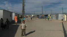 Para 'cidade de lata' sul-africana, Copa de 2010 não trouxe melhorias - BBC Brasil