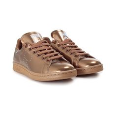 ADIDAS BY RAF SIMONS Stan Smith leather sneakers ($276) ❤ liked on Polyvore featuring shoes, sneakers, gold, round toe sneakers, laced sneakers, lace up sneakers, lacing sneakers and laced shoes