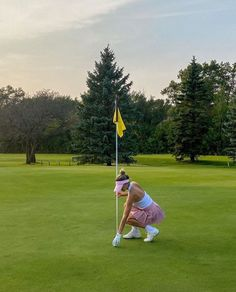 Golf Now, Cute Golf Outfit, Golf Pictures, Elle Woods, Girls Golf, Tennis Fashion, Sporty Girls, Sporty Chic, Old Money