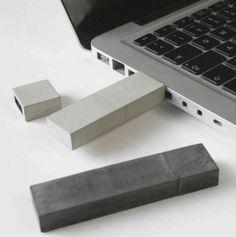 Concrete USB | Sophie ☁