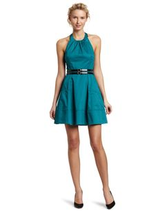 http://bit.ly/HyoZ7f Halter dress. It looks great with that little flare.